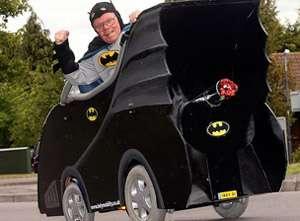 images2ddz - Convierte su silla de ruedas en un Batmóvil