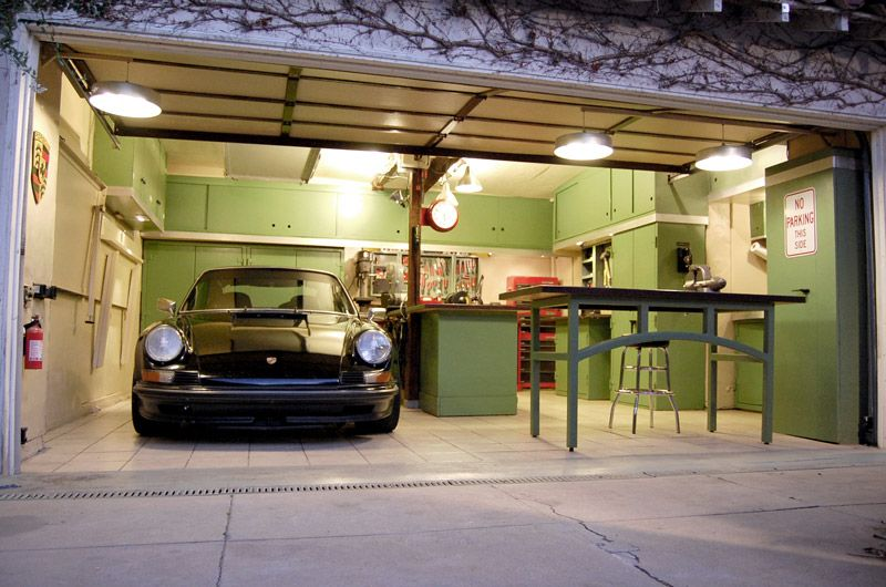 I want a garage like this page 6 vw forum vzi for Volkswagen europe garage